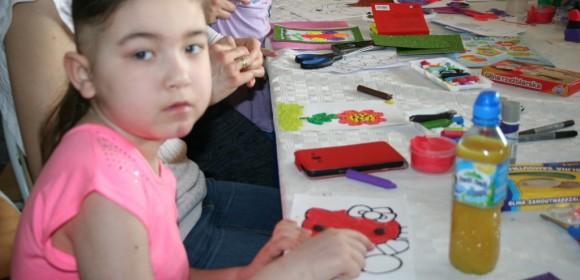 Artystyczna sobota – zabawy z plasteliną