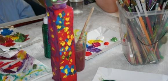 Artystyczna Sobota – malowanie wazonów